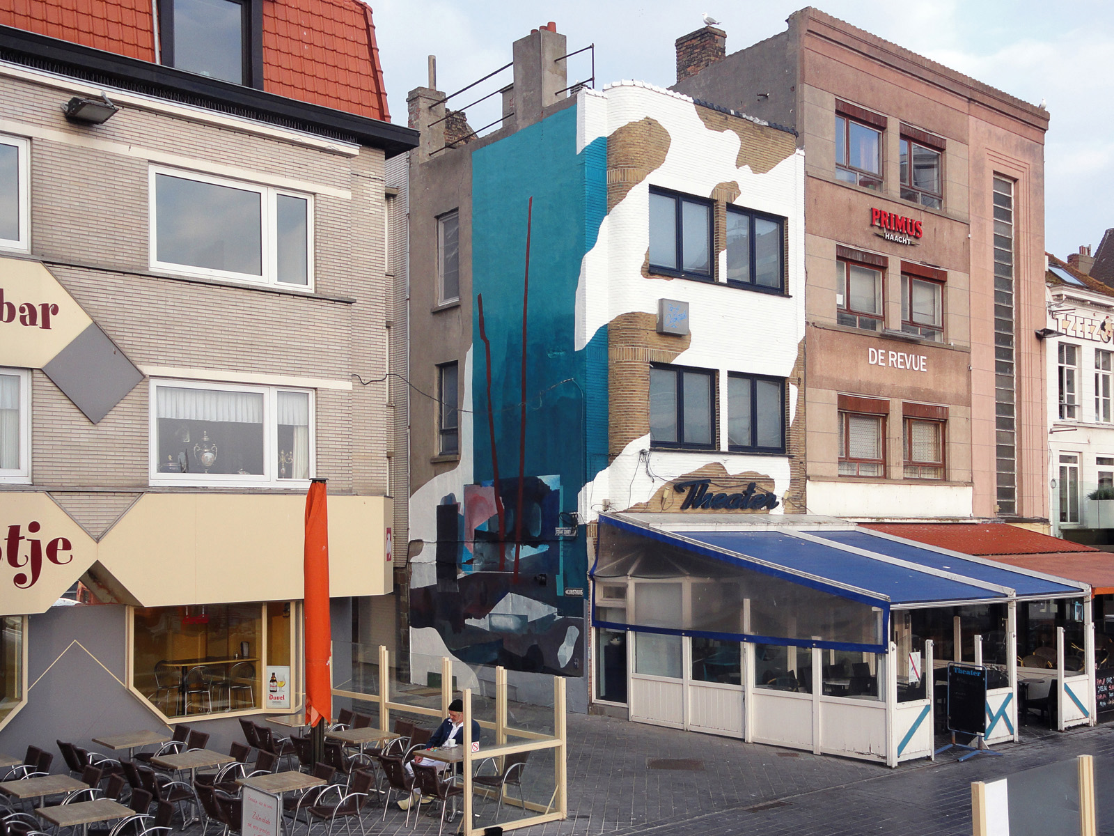 mural in Ostend Belgium, for the Crystal Ship 2017