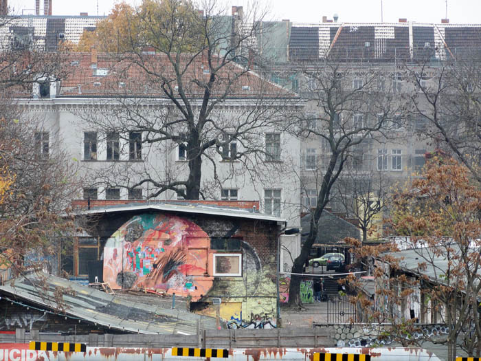 Rooftop bei urban spree - Urban art berlin wandtattoo ...
